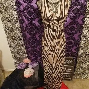 Animal print halter maxi dress size L